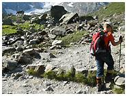 Un sentiero in falsopiano conduce al Rifugio / Foto © rigmar@gmail.com